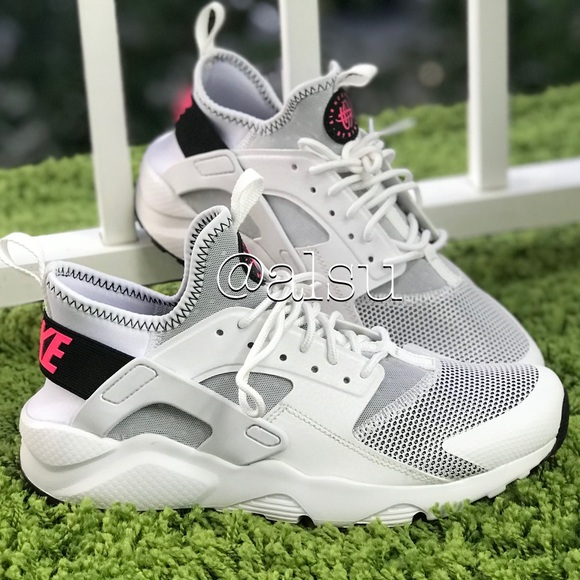 NWT Nike Air Huarache Run Ultra White WMNS 63308ef69
